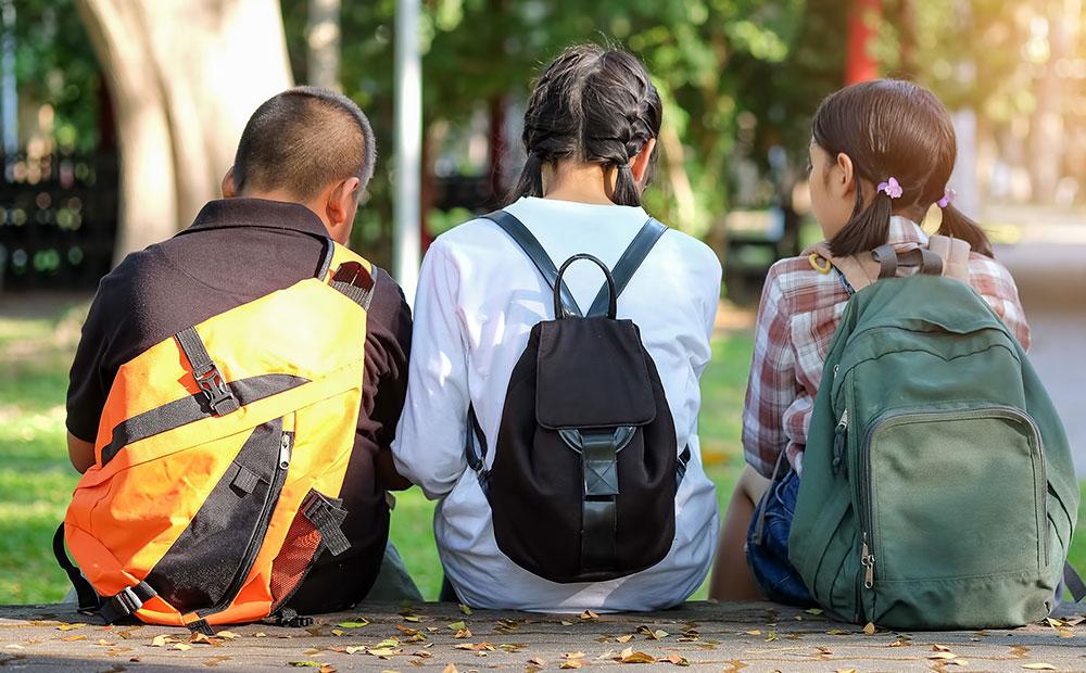 Étudiant dans le parc Saint-Léonard